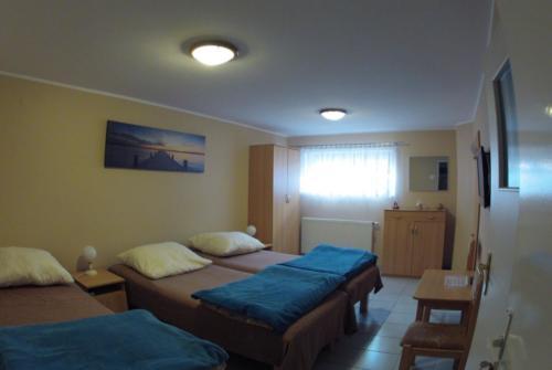 Pokój 3-os. w piwnicy